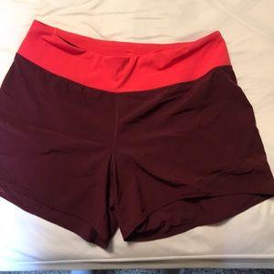 Old Navy Mid Rise mesh-trim Run Shorts